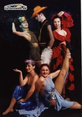 striptease club golden dolls svenska amatörsexfilmer