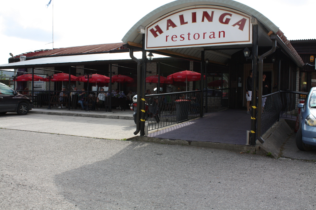 1/13 Halinga Restaurant