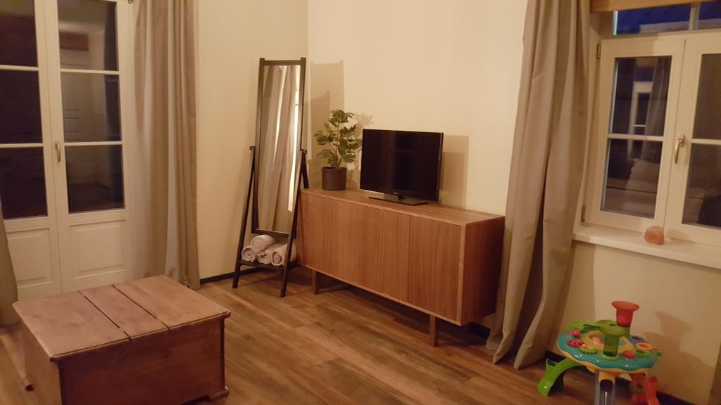 12/29 KURESSAARE FAMILY & GARDEN APARTMENTS
