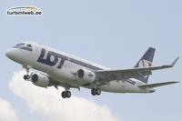 LOT Polish Airlines supports the Breast Cancer Awareness Campaign